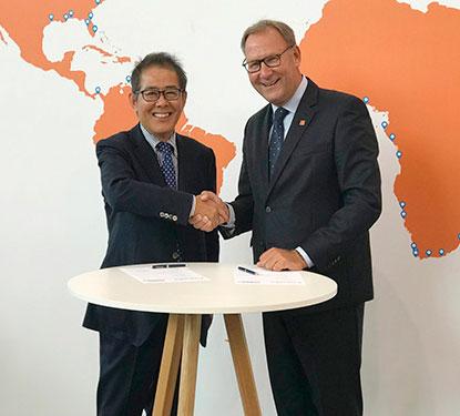 Furuno and Radio Holland prolong distributorship agreements at SMM 2018