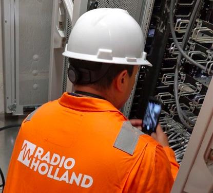 Radio Holland Installation Engineer Checking